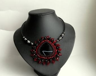 Agate Beadwork Necklace, Seed Bead Necklace, Gemstone necklace, Black/ Red necklace, crystals necklace, flower necklace