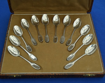 A Set of 12 French Solid Silver Coffee Spoons in a Fitted Case - Louis Coignet - Antique Vintage -