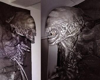 3D Alien Prop Metallic Grey