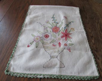 Vintage Arts & Crafts Floral Table Runner Embroidered Embroidery Mission Style Vase Flowers Table Linen