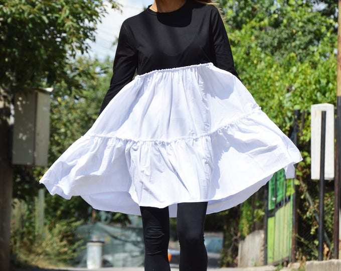 Short Casual Black and White Dress, Extravagant Little Dress, Loose Oversize Dress, Everyday Dress by SSDfashion