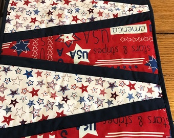 Patriotic americana July 4 quilted reversible table runner