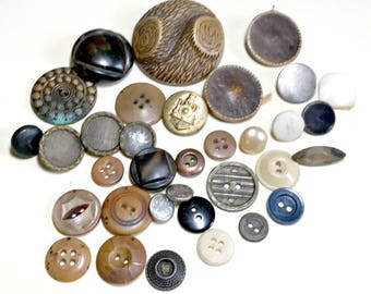 Great mixed lot of vintage buttons, vintage button lot, grab bag button lot, destash button lot, batch of buttons, vintage supplies