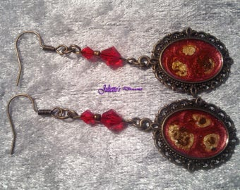 Handpainted - passion red and gold earrings