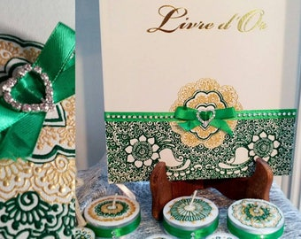 Personalized guest book, crystals and acrylic