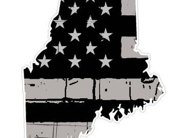 Maine State (N20) Distressed Flag Vinyl Decal Sticker Car/Truck Laptop/Netbook Window