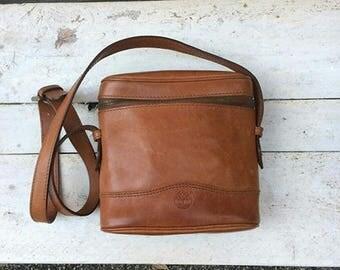 Vintage Timberland brown leather bag