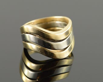 14k Tri Color Connected Wavy Wedding Band Ring Gold