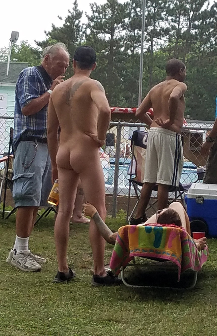 Nudist at Nudes A Poppin 2017