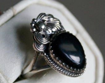 ON SALE Exquisite Black Onyx Silver Ring