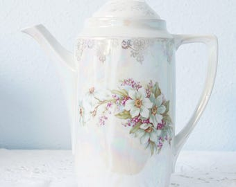 Georgeous Vintage Lustreware Porcelain Coffeepot or Teapot , Flower Pattern