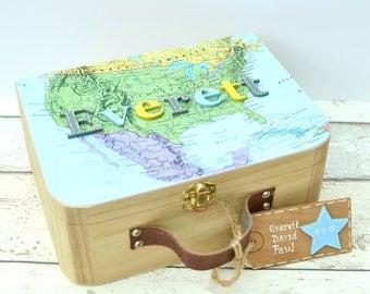 Personalized USA Map Keepsake Box Kids , Map and Suitcase Memory Box, Birthday Gift, New Baby Gift, Nursery decor