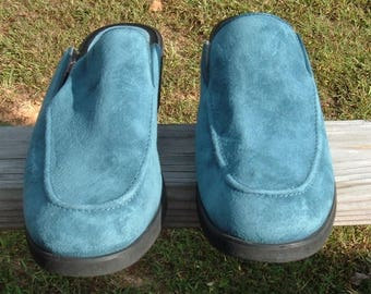 Blue Suede Shoes~ Vtg Womens Hush Puppies~ Sz 9M Clogs
