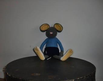 Robin Le Petit Souriceau Crochet Plush Toy