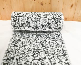 Reusable Paper Towels / Snap Towels / Snapkins / Unpaper Towels / Kitchen Towels / Paperless Towels, set of 12 Black and White Flower Print