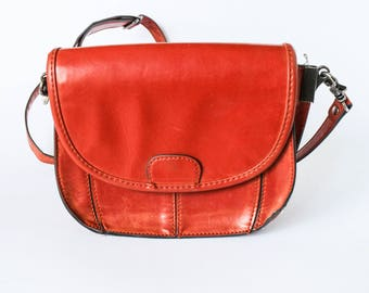 Red handbag - Vintage 70s reddish brown fake leather with strap by ZARA -  Neat small vegan faux skin