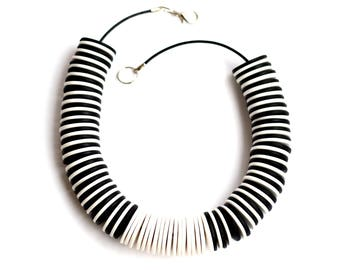 Black necklaces Black statement necklace White Beaded necklace White jewelry Big Bold Chunky necklaces Black fashion Contemporary jewelry