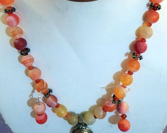 Unpolished agate/carnelian and moonstone necklace set