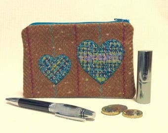 Welsh tweed zipped coin purse/change purse in brown, with turquoise & pink stripe, and colourful turquoise blue appliqued hearts