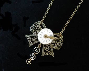 """""""Steampunk necklace"""" bow watch dial and needle """"(strap) filigree""""A514"""