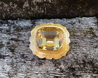 9ct Gold and Citrine brooch