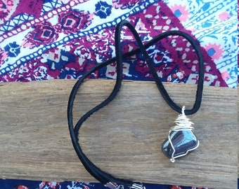 Hematite.wire wrapped pendant.Natural hematite.hippie necklace. Wire wrapped obsidian.obsidian necklace.obsidian jewelry.