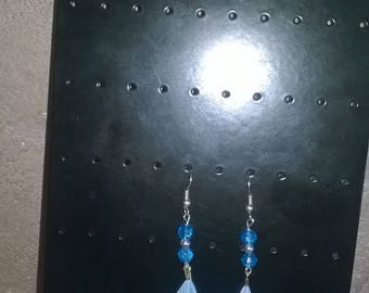 pierced earrings is hand made feather and Crystal beads