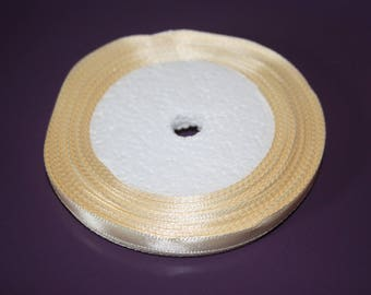ROLL OF SATIN CHAMPAGNE RIBBON 0.5 CM AND 22 M