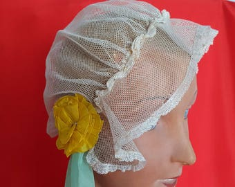 Beautiful antique wedding headpiece lace tulle and Ribbon ref 12550