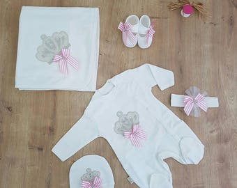 Princess crown newborn girl coming home outfit,Baby girl hospital discharge outfit,Newborn girl clothing, Baby shower gift