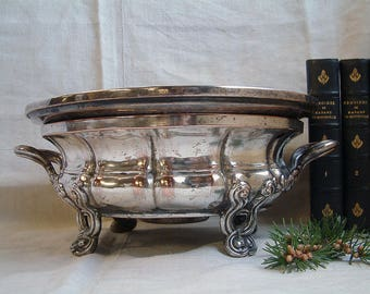 Antique french silver plated chafing dish. Silver plated food warming platter. Jeanne d'arc living. French shabby decor