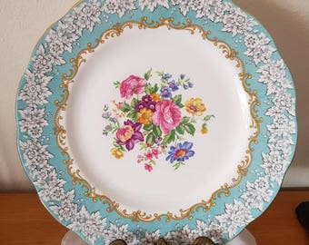 Royal Albert Enchantment Plate Bone China England Mint 26cms