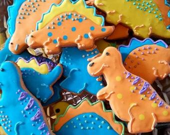 18 dinosaur cookies