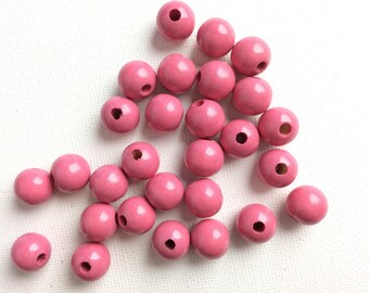 10 pearls 10 mm pink making this strong and bright colors
