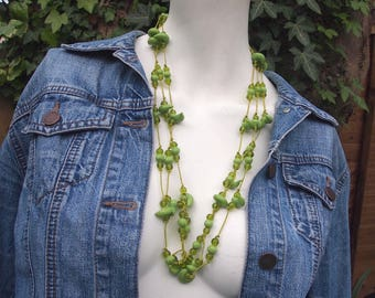 Gorgeous vintage multistring green bead statement Summer necklace