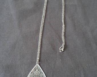 Fine silver necklace with Teardrop filigree