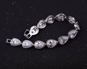 Bridal Bracelet Cz Wedding Bracelet Cubic Zirconia Bracelet Crystals Bridal Bracelet Vintage Wedding Bracelet Silver Rhinestone Bracelet