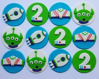 12 x Spaceships and Aliens space fondant edible Cupcake Toppers - Birthday, Party