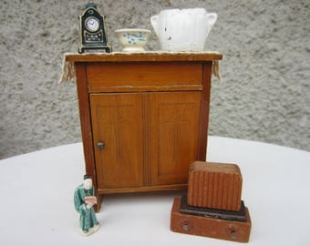 Vintage/ Antique Schneegas Dollhouse Sideboard With Extra's