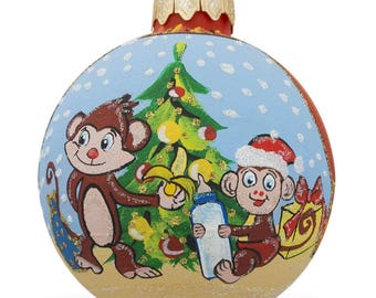 "4"" Monkey with Baby and Christmas Tree, Animal Glass Ball Christmas Ornament"