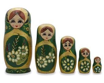 "6.5"" Set of 5 White Flowers on Green Russian Nesting Dolls"