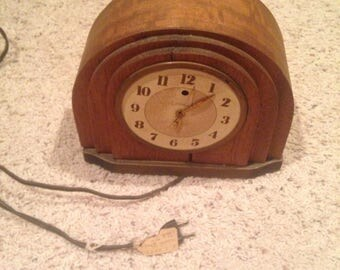 Vintage electric clock