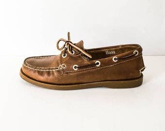 Leather loafers 6.5 M - Women's brown leather weejuns - GH Bass weejuns - Brown leather shoes - Loafers 6.5M - Womens 6 shoes - Bass shoes