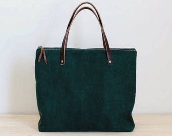 Waxed Canvas Tote. Green Carry All. Zipper top. Travel Bag
