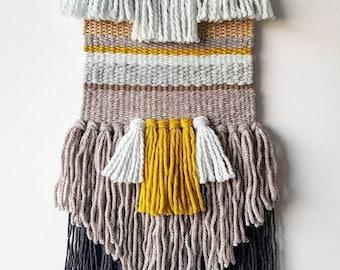 Modern fibre art wallhanging 'Funky bangs'