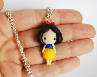 OUTLET! Sale! Snow White necklace in fimo