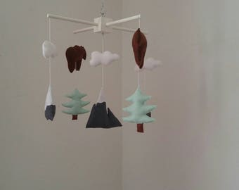 Mountain baby mobile, bears and fir tree nursery mobile, woodland nursery mobile