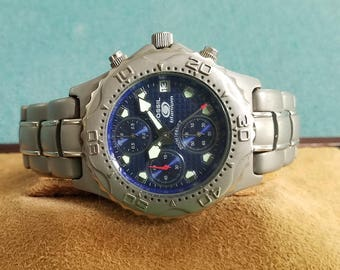 Blue Fossil Chronograph in Titanium Case