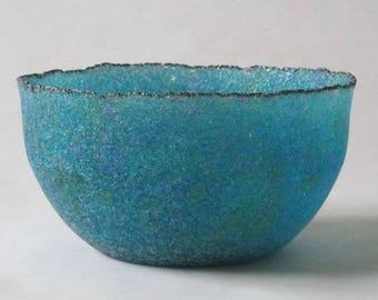 pate de verre (glass) blue bowl g17-076