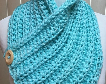 Turquoise Neck Warmer, Blue Neckwarmer, Turquoise Scarf, Crochet Neck Warmer, Winter Accessories, Chunky Blue Scarf, Gifts for Her